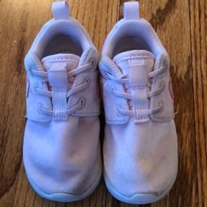 78a5e5209b Nike Shoes | Roshe One 7m Toddler In Arctic Pink | Poshmark